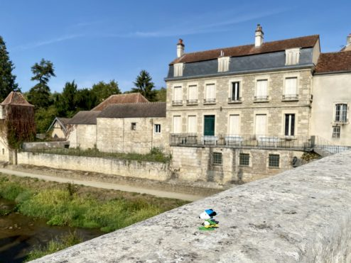Middle of nowhere, Montbard...